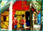 Sortie à St cannat: Le Village des Automates